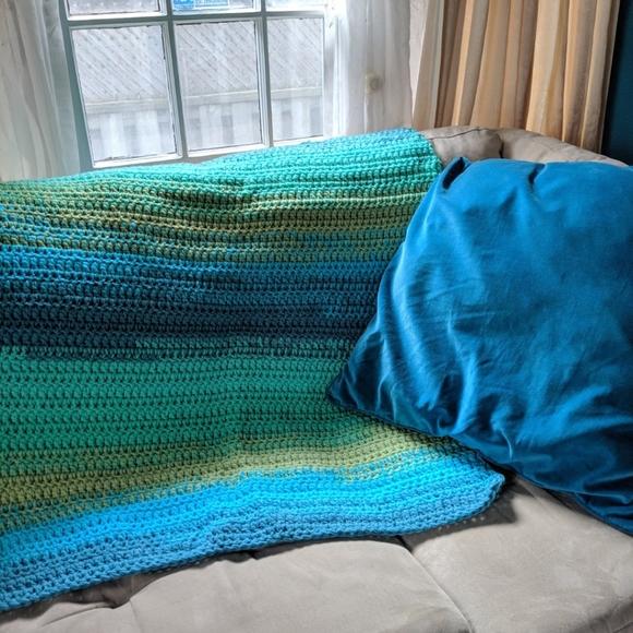 Peacock gradient crochet throw blanket afg…
